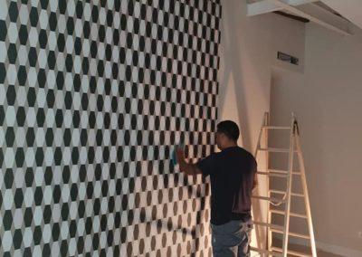 Colocar instalar papel pintando